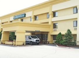 La Quinta Inn by Wyndham Milwaukee Airport / Oak Creek, hotel near General Mitchell International Airport - MKE,