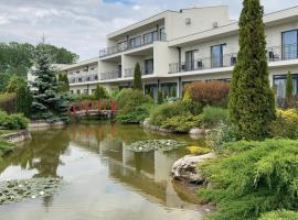 Garden Hotel Medical & Spa, hotel in Debrecen