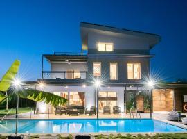 Enervillas VIP Villas with pool bbq, hotel near Patras Industrial Zone, Káto Alissós