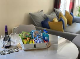 Stylish Two Bed City Apartment With Secure Parking, apartment in Southampton