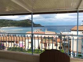 Casa vacanze Camera con vista, villa in Marina di Camerota