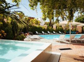 San Trópico Petit Hotel & Peaceful Escape, hotel in Puerto Vallarta