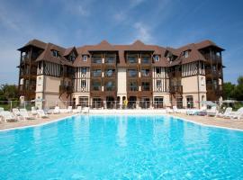 Pierre & Vacances La Résidence du Golf, hotel in Deauville