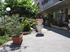 Hotel Nanda, hotel in Chianciano Terme