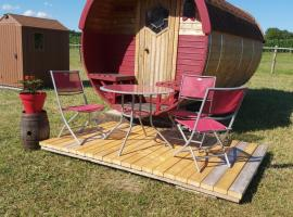 Détent-Insolite, campground in Aubigné-Racan