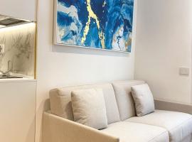 La Ripa Camere Vernazza - Stradivari Luxury Apartment, luxury hotel in Vernazza