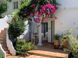 Casa El Paraiso Marbella, hotel dicht bij: Atalaya Golf & Country Club, Estepona