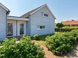 Charming Holiday Home in Zierow near Seabeach, holiday home in Zierow