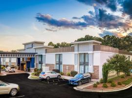 Best Western Plus Yadkin Valley Inn & Suites, hotel in Jonesville