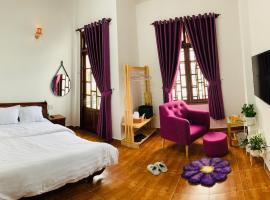 Homestay Ahihi, pet-friendly hotel in Da Lat