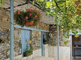 Holiday House Prodromos, hotel near Cyprus Ski Club 1, Prodromos
