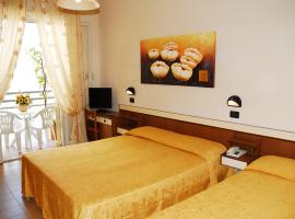Hotel Devon B&B e Only Room, hôtel à Cesenatico
