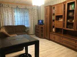 2-Двух комнатная Ванцетти, self catering accommodation in Korolëv