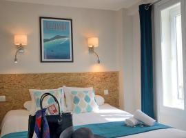 Un Hotel sur le Port, hotel in La Rochelle