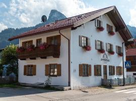 Ammergau Lodge, B&B in Oberammergau
