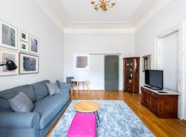 Live The Luxury On Old Town Square!, apartment sa Prague
