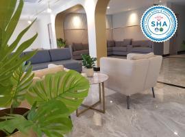 素萬那普機場曼谷鳳凰酒店,萊卡邦的飯店