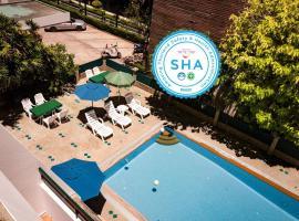Sirin Hotel Hua Hin, hotel near The East Square Hua Hin, Hua Hin
