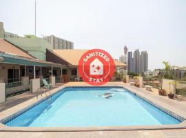 OYO 663 Green Beach Room, hotel near Mini Siam, North Pattaya