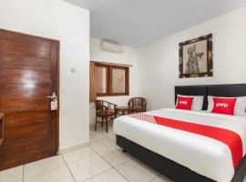 OYO 3775 Ketut Inn, hotel in Ujung