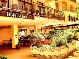 Hotel Abel, отель в Чезенатико