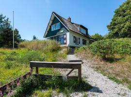 Beautiful Villa on Ameland Island by the Sea, Hotel in Buren