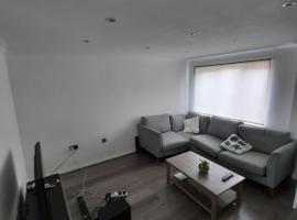 Family friendly house, hotel in Manchester