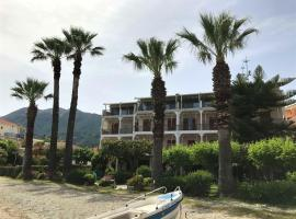 Palm Trees Hotel, hotel in Nydri