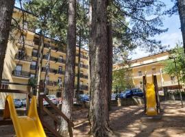 Hotel Meranda, hotell i Camigliatello Silano