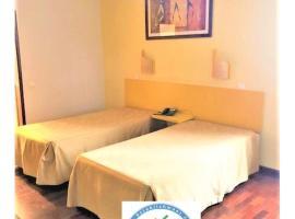 Residencial Chafariz /Queimada, hotel in Funchal