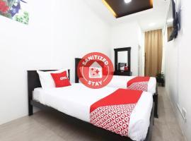 OYO 89678 Ady Hotel, hotel near Sultan Mahmud Airport - TGG,