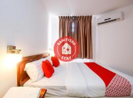 OYO 989 Ostay Inn, hotel in Miri