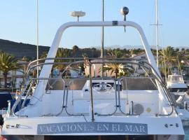 Vacaciones en el mar, boat in Ingenio