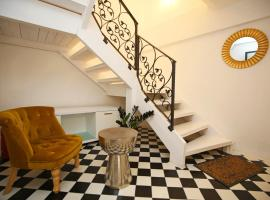 Swan City Apartment & Room, B&B in Šibenik