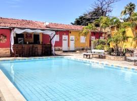Residencia Medina - Pousada & Aparts, hotel near Calhetas Beach, Porto De Galinhas