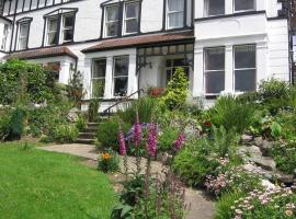 Bryn Derwen Guest House, guest house in Conwy