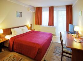 Gold Hotel & Apartments, готель біля визначного місця Цитадель, у Будапешті