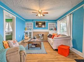 Lively Home with Front Porch, Walk to Trails!, vacation rental in El Paso