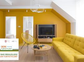 Colors Apartments – hotel w pobliżu miejsca Rodzinny park rozrywki Energylandia w Zatorze