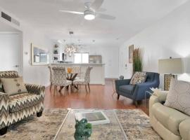 Old Town 2 Bedroom Condo, vacation rental in Scottsdale
