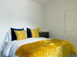 Mayfair Suite Sasco Apartments, apartment in Blackpool