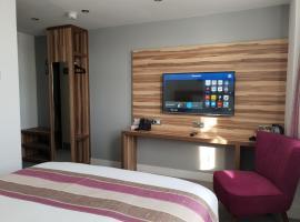 Escape Hotel, hotel in Barrow in Furness