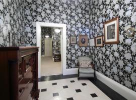 Spacious West End Apartment, apartment in Edinburgh