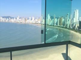 Internacional Residence - Frente para o mar - 2102, hotel in Balneário Camboriú