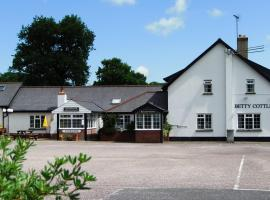 Betty Cottles Inn, hotel near Castle Drogo, Okehampton