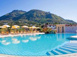 Hotel Parco Delle Agavi, hotel in zona Porto di Forio D'Ischia, Ischia