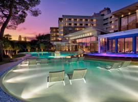 Spa & Hotel Terme Esplanade Tergesteo, hotel near Parco Regionale dei Colli Euganei, Montegrotto Terme