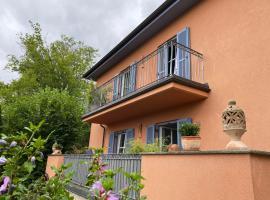 Gemütliches Domizil über den Dächern von Jena, Hotel in Jena