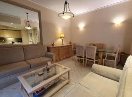 Family Cozy Apartment, budget hotel in Heraklio Town