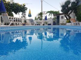 Vivenda Soares, quarto em acomodação popular em Fátima